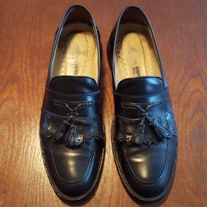 《 Johnston & Murphy 》 Leather Keltie Tassel Loafer